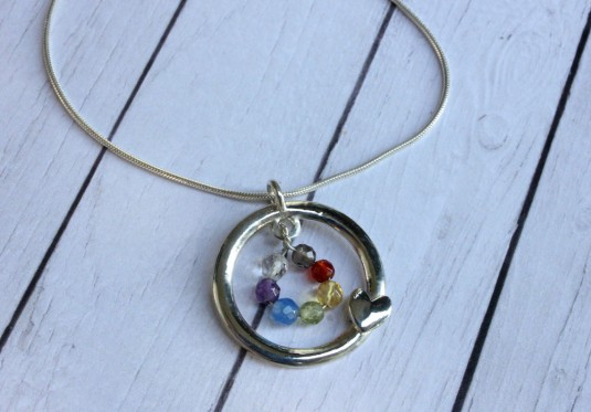 Chackra pendant with heart