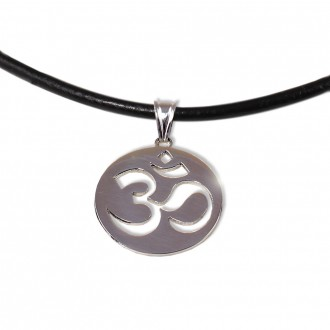 Om-Necklace-Silver